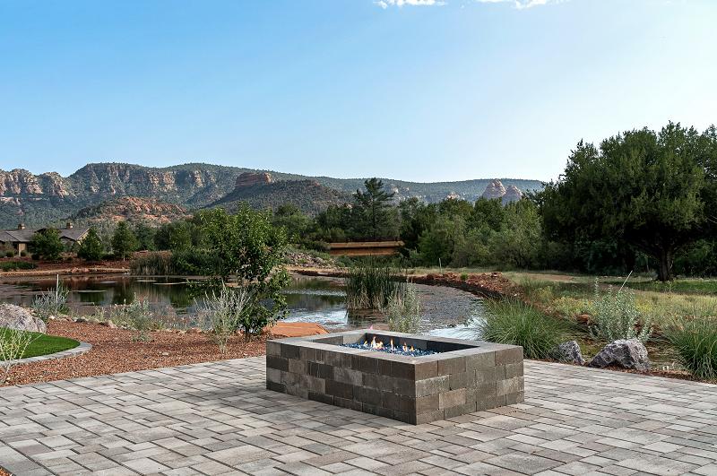 sedona arizona luxury custom home listing